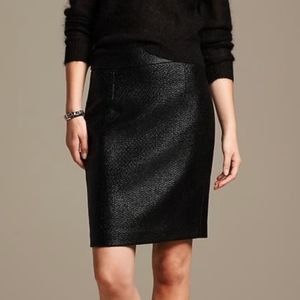 Banana Republic Coated Tweed Pencil Skirt Black 12